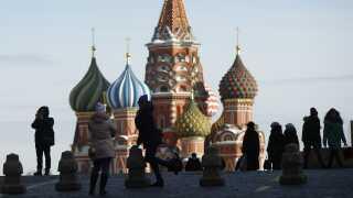 Ejeren af landets største kviklånsfirma finder man i Moskva. Her ser man byens ikoniske Vasilij-katedral.