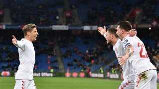 Det danske landshold scorede tre mål i kampens sidste ti minutter og fik et point med hjem fra Basel.