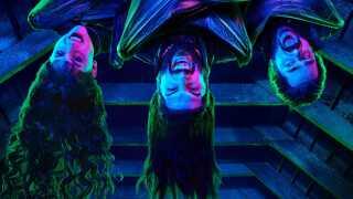 Vampyrserien 'What We Do in the Shadows' er baseret på filmen af samme navn fra 2014. Her ses tre af vampyrerne fra den nye serie.