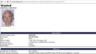 Julian Assange er eftersøgt via Interpol, viser dette screenshot fra 7. december 2010.