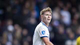 FCK's Viktor Fischer blev søndag udsat for homofobiske sange af OB's fans.