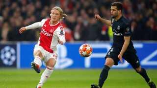 Kasper Dolberg leverede en flot scoring for Ajax mod ADO Den Haag.