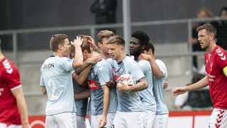 Både Vejle og Sønderjyske skal i playoff-opgør i dag i Superligaen. Mens Sønderjyske kæmper for europæisk fodbold, skal Vejle sørge for at undgå nedrykning.