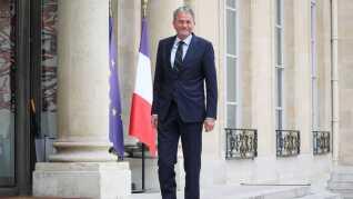 Jens Christian Grøndahl ankommer her til Elyséepalæet for at møde præsident Macron.
