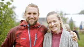 Det var Julie Jensen, der scorede Christian Birch til Smukfest på Skanderborg. Til gengæld friede Christian senere til Julie foran Bøgescenen på festivalen.