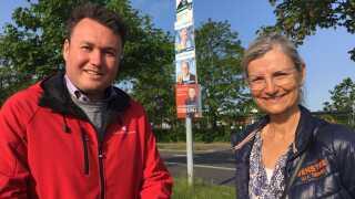 Anders Kronborg (S) og Ulla Tørnæs (V) er på jagt efter personlige stemmer i Esbjerg.