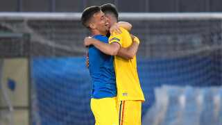 Rumænien bankede Kroatien 4-1 i deres første kamp og kan nu hjælpe Danmark.
