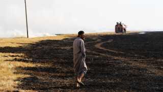 Den seneste måned er titusinder af hektarer af marker blevet afbrændt i det nordlige Syrien.