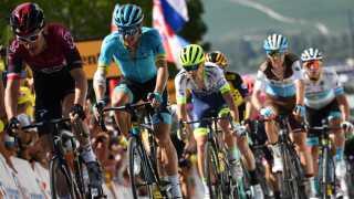 Jakob Fuglsang på en af de tidligere etaper i årets Tour de France.