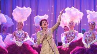 Skuespilleren Renée Zellweger er allerede blevet spået som Oscar-favorit for sit portræt af Judy Garland.