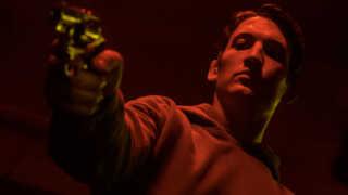 'Too Old to Die Young' handler om en politibetjent i sorg, der får rodet sig ud i en international underverden af Yakuza-soldater, mexicanske lejemordere og russiske mafia-kaptajner. Nicolas Winding Refn har nyt i støbeskeen.