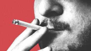 For første gang i to årtier er andelen af rygere steget. Flere partier på Christiansborg vil vende udviklingen ved at hæve prisen på cigaretter markant.