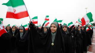 Iranere fejrer mandag 40-årsdagen for Den Islamiske Revolution over hele landet.
