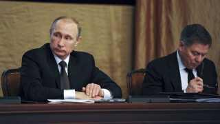 Den russiske præsident, Vladimir Putin, har affejet anklager om, at Rusland skulle stå bag koordinerede forsøg på at påvirke valgkampagner rundt om i Europa.
