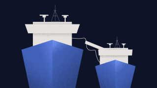 Flere af overførslerne af jetbrændstof er ifølge sagens oplysninger sket fra en olietanker til et russisk tankskib i Middelhavet.