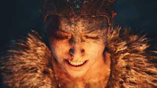 Ved at zoome meget tæt ind og kigge ned på karakteren fik billedet en klaustrofobisk stemning, der matchede hendes følelser i den spilscene billedet stammer fra, fortæller Rasmus Furbo. (Spil: Hellblade: Senua's Sacrifice)