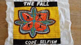 Lars Kjelfred er så glad for The Fall, at han har brugt over 100 timer på at brodere pladecoveret fra en af hans yndlingsplader med gruppen, nemlig albummet Code: Selfish.