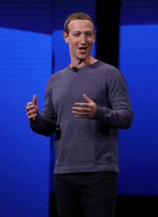 Facebook-chefen Mark Zuckerberg mener, at virksomheden gør fremskridt i at mindske spredningen af misinformerende indhold.