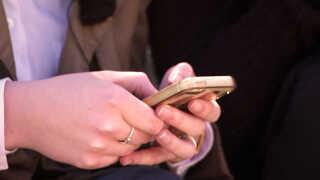 85 procent af pigerne svarer i rundspørgen, at de bruger Instagram næsten dagligt.