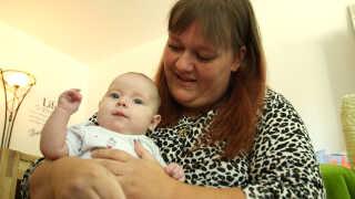Beatrix Hellegaard 36 år. Mor til Ayah på tre måneder og Noah på 14 måneder. Social- og sundhedshjælper. Bor i Hjørring.