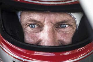 Prins Joachim elsker biler og deltager selv i motorløb i historiske biler.