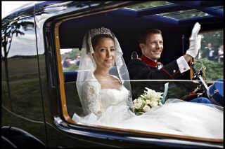I 2008 giftede prins Joachim sig med den franske Marie Agathe Odile Cavallier, der ved brylluppet fik titlen prinsesse Marie. Brylluppet var i slotskirken på Schackenborg.