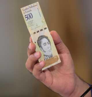 Den nye bolivar, som ifølge Nicolas Maduro vil blive sendt i cirkulation den 20. august.
