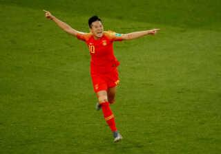 Li scorer til 1-0 mod Sydafrika