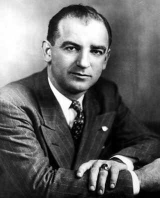 JOSEPH McCARTHY. SENATOR I USA.