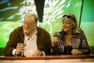 Jesper Langberg stillede også op til en lang række andre programmer i DR-regi. Her gætter hans løs i 'aHa' i 2008 - sammen med Britt Bendixen. Vært i quizzen var Jarl Friis-Mikkelsen.