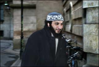 Said Mansour er to gange dømt for at opildne til terror - nu er han sendt til Marokko.