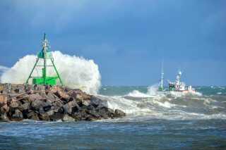 Bølgen blå fik medvind i Hirtshals...