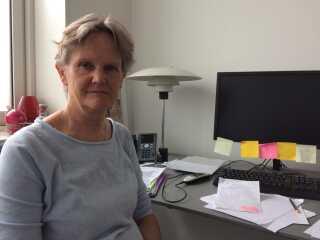 Det vil være umuligt at fortsætte med den eksperiementielle behandling, lyder det fra den ledende overlæge på kræftafdelingen, Anni Ravnsbæk.