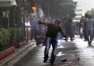 Demonstrant på gaden i Athen i 2012.