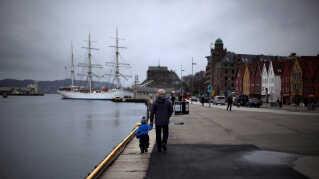 Norge vippede i år Danmark af pinden som verdens lykkeligste land. Nordmændene har ifølge rangeringen verdens bedste balance mellem velstand, social kapital, lighed og tiltro til myndighederne.