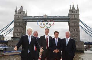 I 2012 var Londons borgmester Boris Johnson (til venstre), og Jeremy Hunt (i midten) var kulturminister und OL.