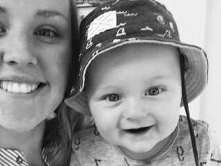 Sofie Lund Christensen og sønnen Valter går normalt til baby-svømning en gang om ugen.