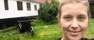 Den 31-årige journalist Bodil Richardt er flyttet til Jylland sammen med sin mand og deres søn, Carl, og leder nu efter nye venner.