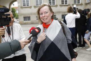 Joy Mogensen ankommer til Statsministeriet i dag i København. Hun skifter opgaven som borgmester i Roskilde ud med et job som minister.