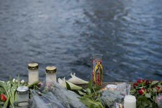 Det var i maj 2017, at en ung mand med en vandscooter torpederede en udlejningsbåd i Københavns Havn. Ulykken kostede to amerikanske kvinder livet. Manden blev senere idømt en ubetinget fængselsstraf for med særligt hensynsløs sejlads at have været skyld i de to kvinders død.