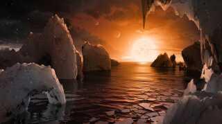 TRAPPIST-1 systemet har fascineret astronomer, siden det blev opdaget i 2016, fordi det har hele syv jordlignende planeter. Nu har astronomer ved det europæiske ESO-observatorie opdaget, at flere af planeterne sandsynligvis har vand som en del af deres sammensætning.  Her en kunstners bud på, hvordan det ser ud på planeten.