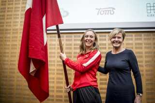 Elena Rigas sammen med kulturminister Mette Bock.
