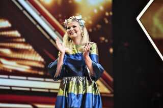 Sofie Linde tager i hvert fald værtstjansen på den sidste DR-sæson af X Factor.