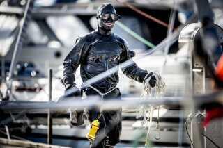 Dykkere søgte efter resterne af Kim Walls lig i Køge Bugt ved København.