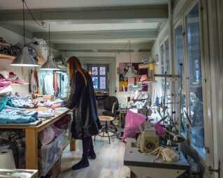 Sofie Sol forhandler stadig sine farvestrålende flæsekjoler under mærket Sofie Sol Studio i Nørgaard på Strøget og har for nyligt startet en webshop. I dag har hun skiftet de 17 kvadratmeter ud med et lavloftet værksted i centrum af København. Her sidder hun hver dag sammen to gamle klassekammerater fra Magretheskolen, der hjælper hende med at nå de mange bestillinger.