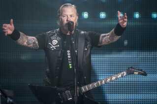 Forsanger i Metallica, James Hetfield, til koncerten i Parken torsdag aften.