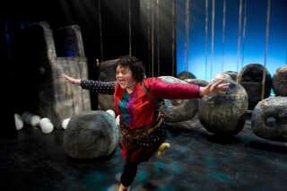 Sidste år spillede Ena Spottag rollen som Ronja Røverdatter i stykket af samme navn på Aalborg Teater.