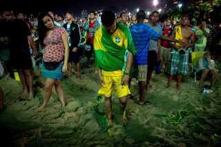 Lammede brasilianere på Copacabana efter nederlaget på 7-1 til Tyskland.