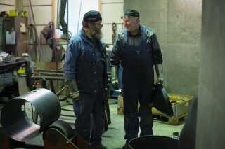 Der er 14 ansatte i firmaet, der blandt andet laver trykbeholdere og lagertanke. - Og så var jeg engang med til at lave en skorsten på 44 meter, fortæller Kjeld.