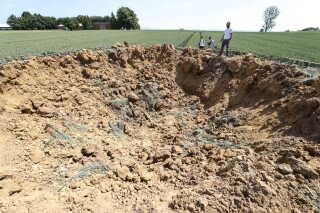 Bomben lå placeret omkring fire meter nede i jorden.